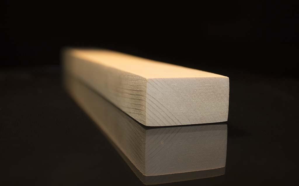 چهارتراش به ابعاد ۲ در ۴ سانتیمتر